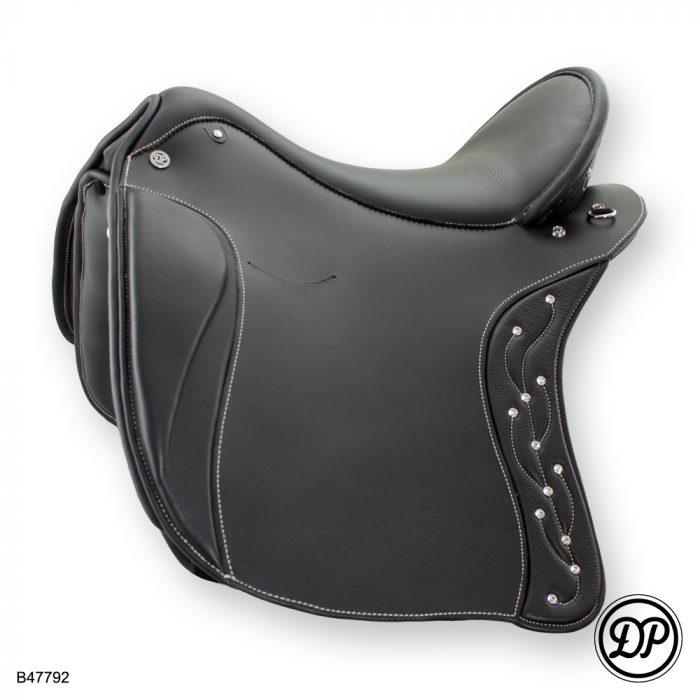 Deuber Impuls Brilliant, Sattelleder schwarz, Sitz-/Polsterleder Nappa schwarz, Beschläge silber
